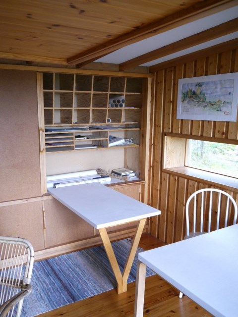 ralph-erskine-the-box-living4-via-smallhousebliss