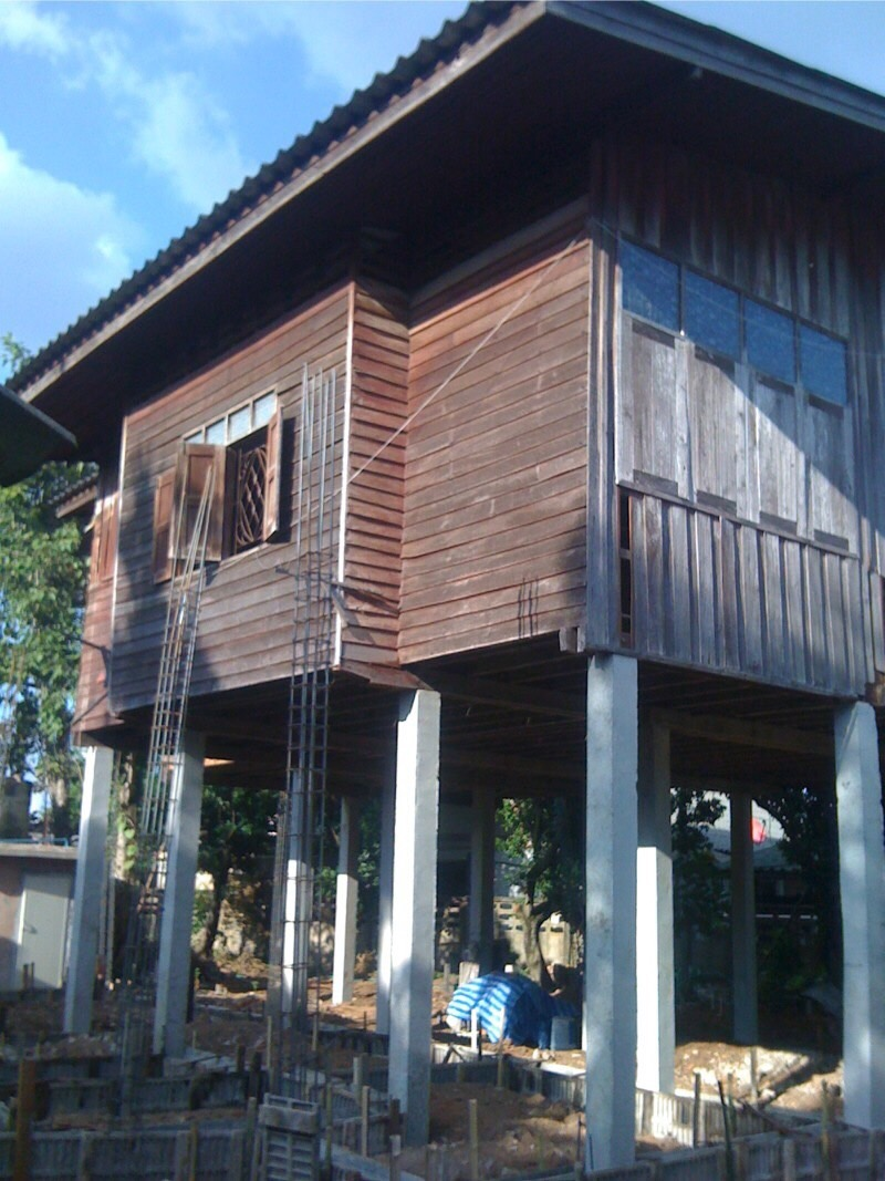 renovate-old-wooden-house-to-western-cafe-hostel (7)