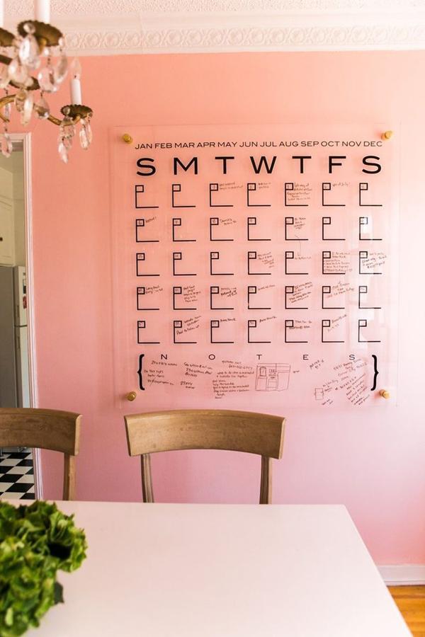 romantic-wall-calendar-with-acrylic-design