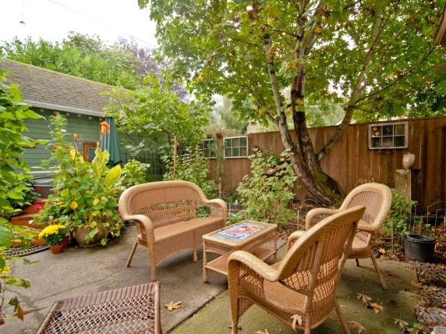 smallhousebliss-1912-portland-bungalow-backyard