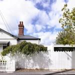 บ้านวินเทจตกแต่งกลิ่นอายโมเดิร์น ความอบอุ่นในรั้วสีขาวของบ้านร่วมสมัย
