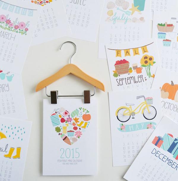 wooden-hanger-mini-calendar