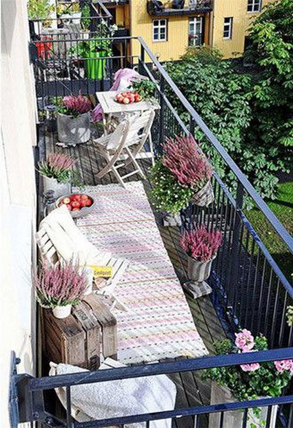 10-ideas-to-decorate-small-patio (4)