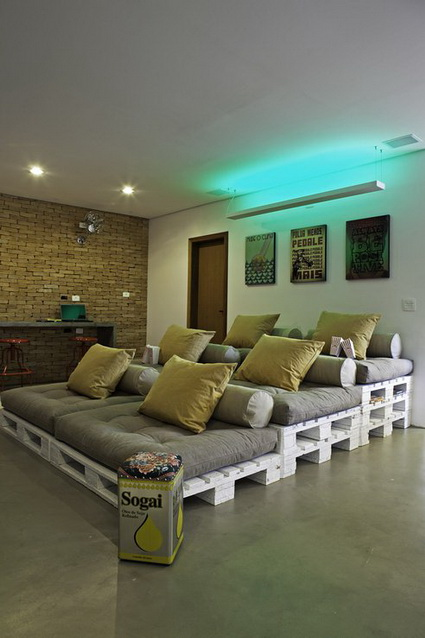 10-ideas-to-recycle-old-pallet (7)