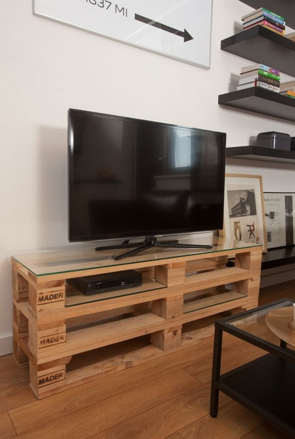 10-ideas-to-recycle-old-pallet (9)