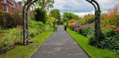 26-ideas-to-decorate-your-elegant-garden (14)