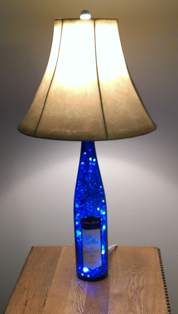 27-diy-bottle-lamps-decor-ideas (10)