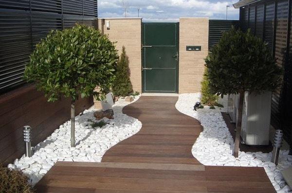 8-stone-backyard-decorative-ideas (2)