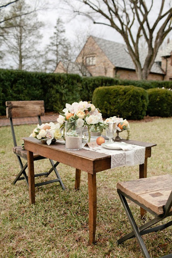 backyard-table-for-two