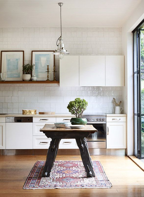 bohemian-kitchens-with-rug-decor
