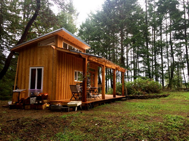 compact-cabin-house-in-forest (19)