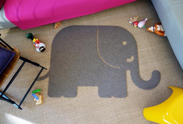 felt-kids-rug-elephant-decor