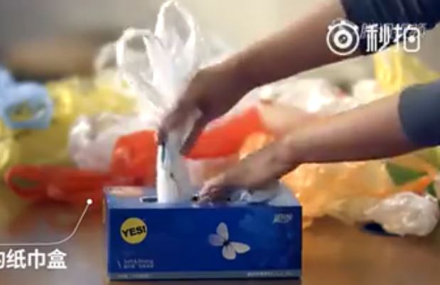 how-to-keep-plastic-bag-in-a-tissue-paper-box (2)