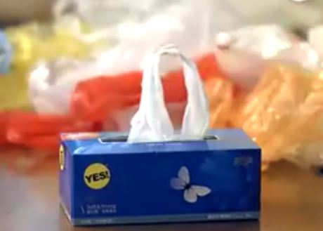how-to-keep-plastic-bag-in-a-tissue-paper-box (3)