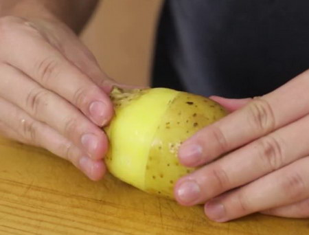 how to peel potato easily (5)