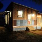 บ้านเพิงหมาแหงน ตกแต่งด้วยไม้และสังกะสี ความสวยงามลงตัวแบบบ้านร่วมสมัย