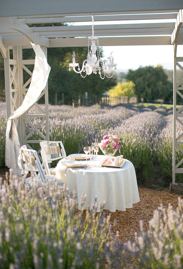 romantic-dining-table-for-couple