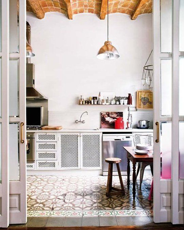 white-bohemian-kitchen-interior