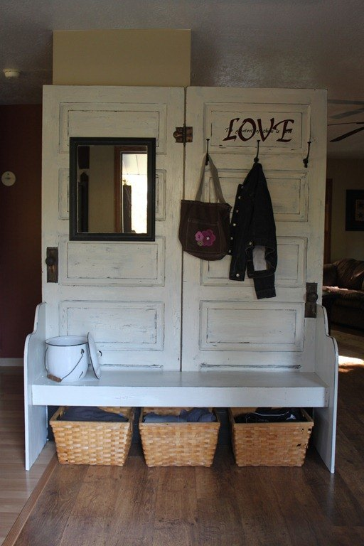 10 ideas of how to reuse old doors (8)