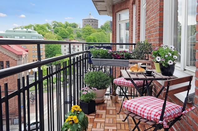 15 mini porch garden ideas for apartment (4)