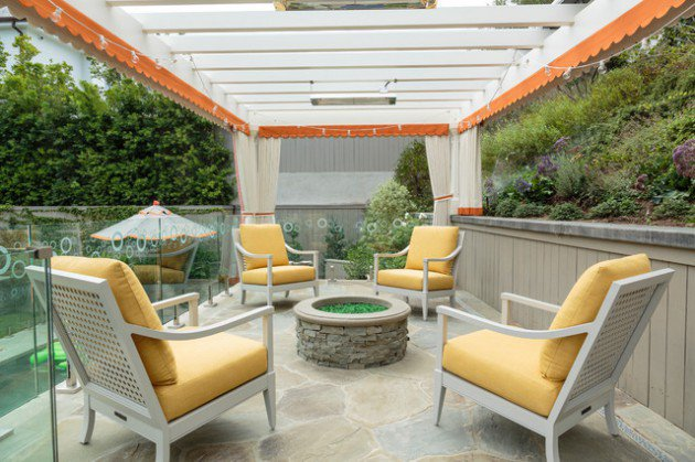 18-Charming-Traditional-Patio-Designs-You-Will-Fall-In-Love-With-17-630x419