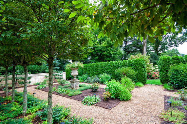 18-Mesmerizing-Traditional-Landscape-Designs-For-A-Fairy-Tale-Garden-4-630x417