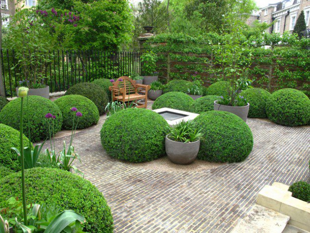 18-Mesmerizing-Traditional-Landscape-Designs-For-A-Fairy-Tale-Garden-7-630x473