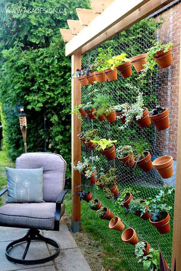 21 privacy screen in backyard garden ideas (6)