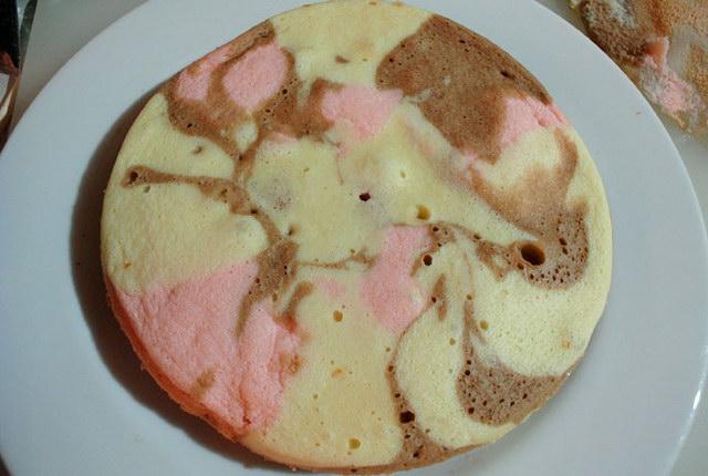 3 colored chiffon cake recipe (33)