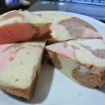 """สูตรขนม """"ชิฟฟ่อนเค้กสามสี"""" ทำง่ายๆ ด้วยหม้อหุงข้าว ไม่ง้อผงฟู"""