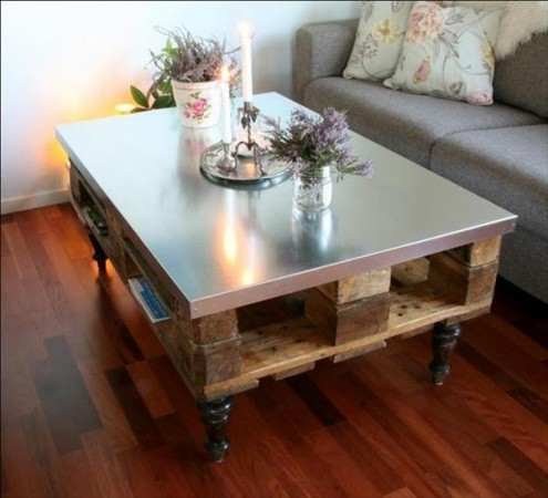 50 diy pallet table ideas (38)