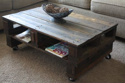 50 diy pallet table ideas (48)