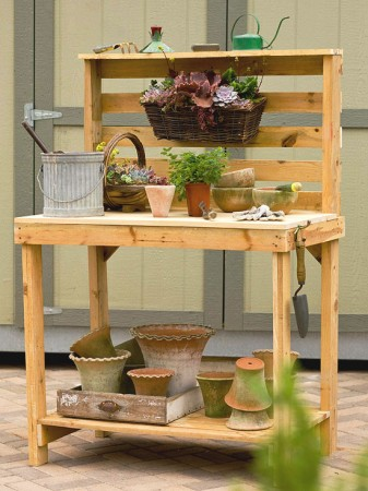 50 diy pallet table ideas (9)