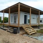 บ้านคอทเทจประยุกต์ ออกแบบเรียบง่าย เฉลียงรอบบ้าน