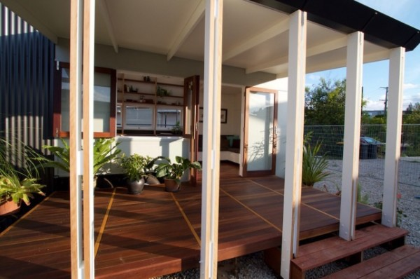 Modern-THOW-Australia-Tiny-House-Company-009-600x398