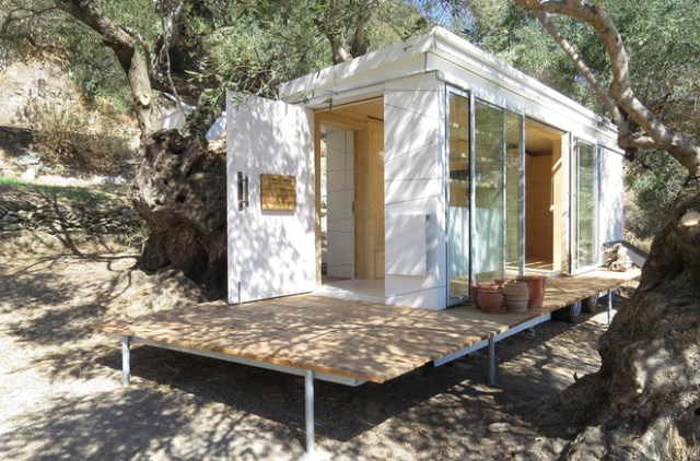 Tiny-House-on-Wheels-Echo-Livin-Greece-Exterior-Humble-Homes