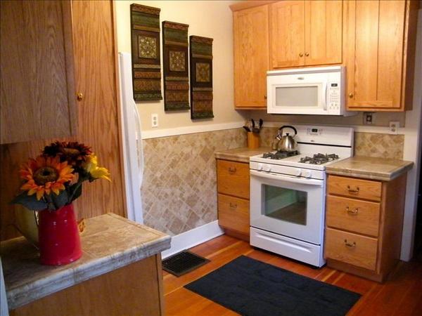 cozy classic gable house (10)