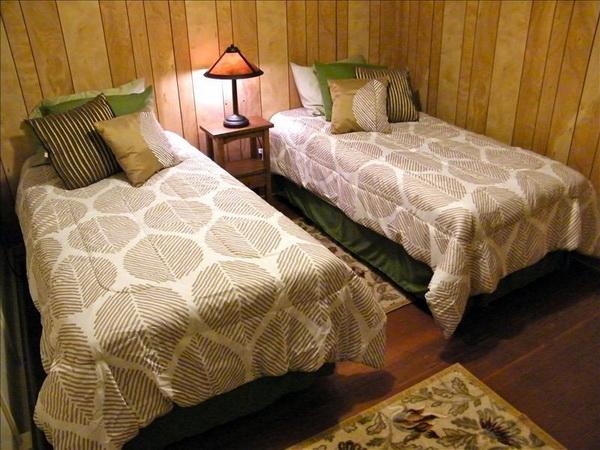 cozy classic gable house (5)