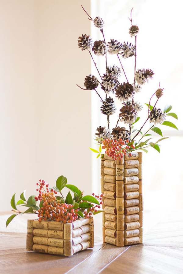 creative-diy-wine-cork-vases