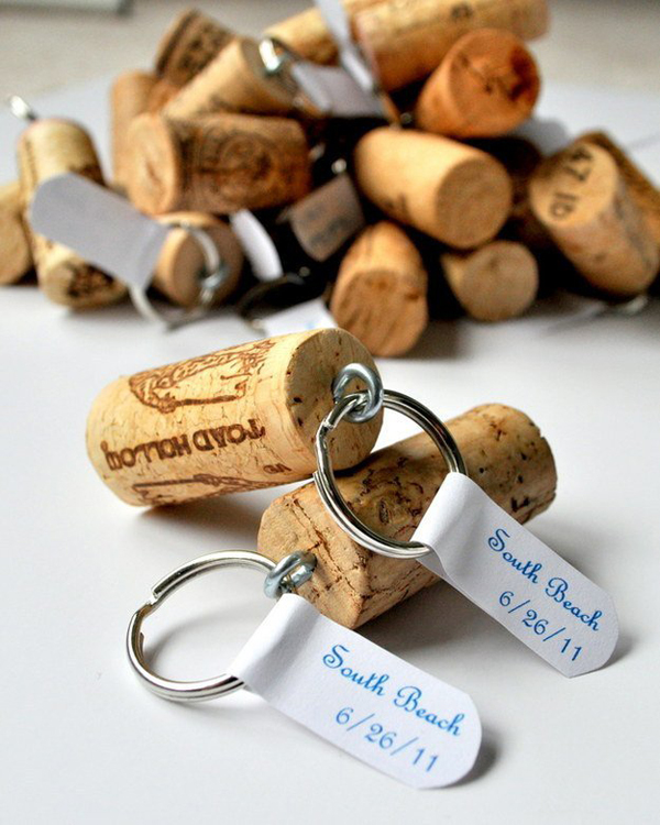 diy-wine-cork-key-chains