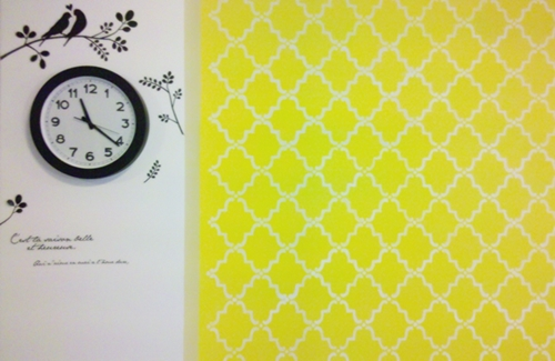 faux wallpaper and faux brick stake diy review (13)