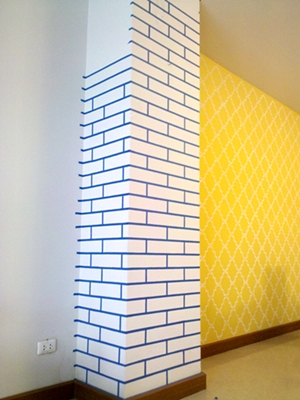 faux wallpaper and faux brick stake diy review (15)