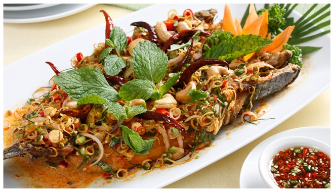 fried-snake-head-fish-with-thai-herbs-recipe