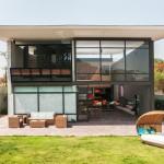 บ้านสไตล์อินดัสเทรียล – ลอฟท์ ภายในโปร่งโล่งน่าอยู่ บนโทนสีเทากับดีไซน์แบบดิบๆ