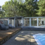 บ้านวิลล่าสไตล์โมเดิร์น ตกแต่งเรียบง่ายด้วยรูปทรง มาพร้อมสระว่ายน้ำที่รองรับการพักผ่อน