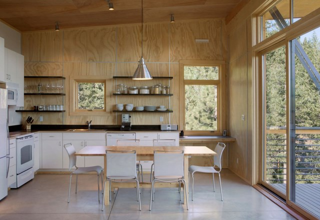 pine-forest-cabin-5