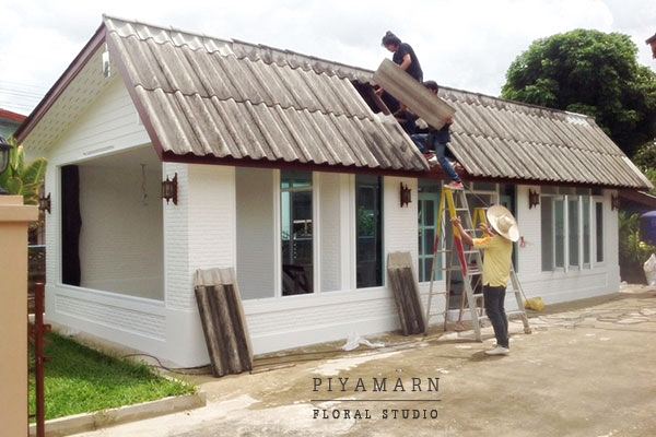 renovate old garage into white florist review (8)