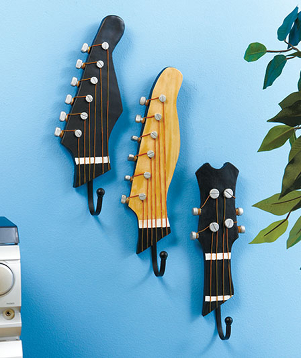 repurpose-guitar-wall-hooks