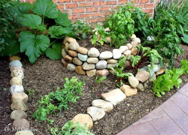 spiral garden diy (12)
