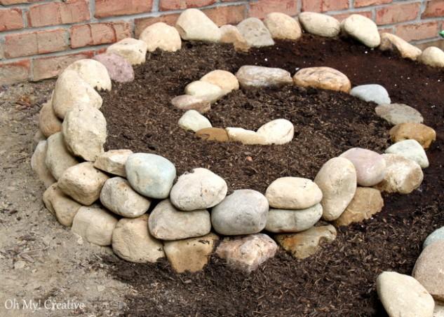 spiral garden diy (8)